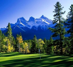Golfing in the Bow Valley