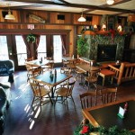 Georgetown Inn Pub: Located just next door, warm English-style pub with classic fare.
